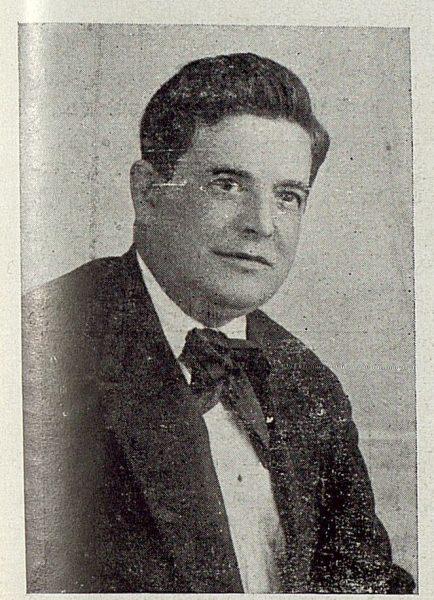 TRA-1920-149-Francisco Arroyo, director artístico de Cerámica de Talavera Ruiz de Luna