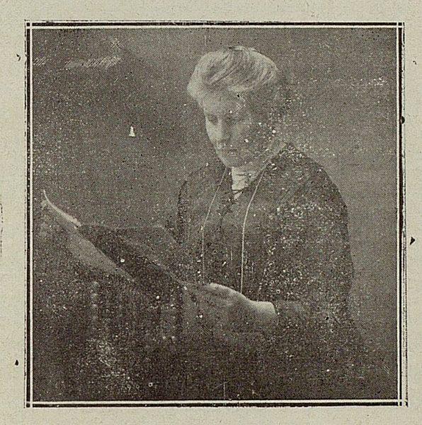 TRA-1921-165-Rachel Alcork, escritora inglesa