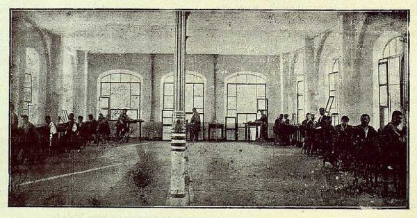 TRA-1922-181-Fábrica Nacional de Artillería, salón de damasquinado
