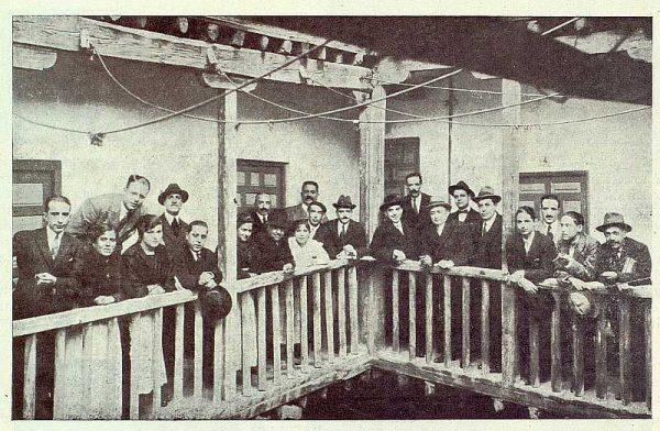 TRA-1922-182-Comida de Ardavín y periodistas en la Posada de la Sangre