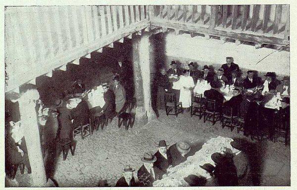 TRA-1922-183-Colación en la Posada de la Sangre