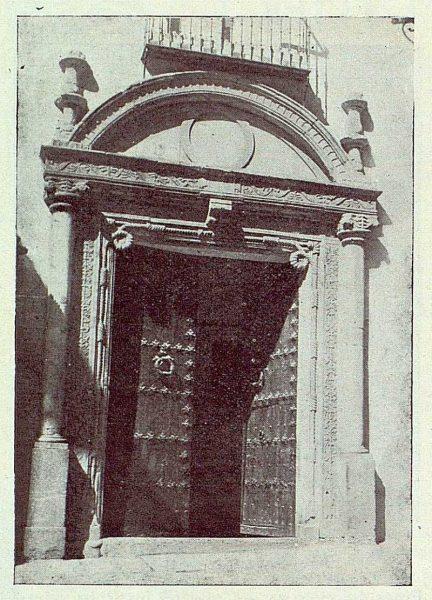 TRA-1922-185-Calle de la Plata 01, portada renacentista