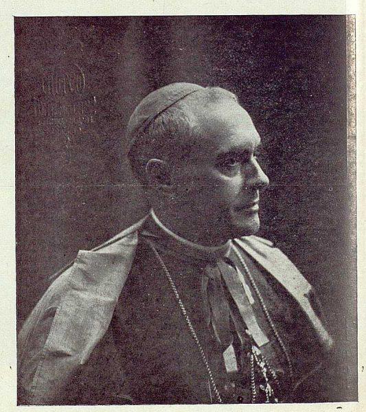 TRA-1922-185-Cardenal Enrique Reig Casanova, arzobispo de Toledo