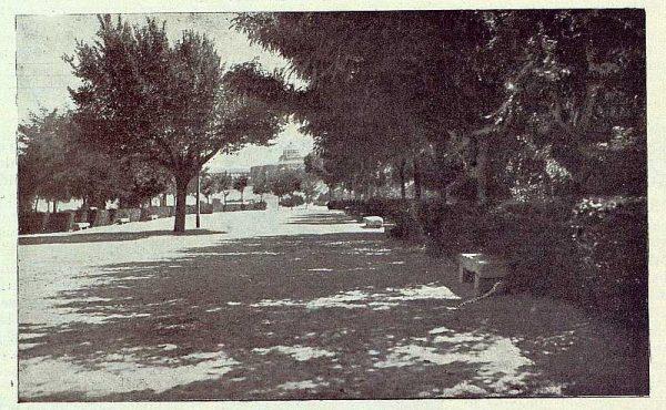 TRA-1922-185-Paseo de Arredondo-Foto Bermejo