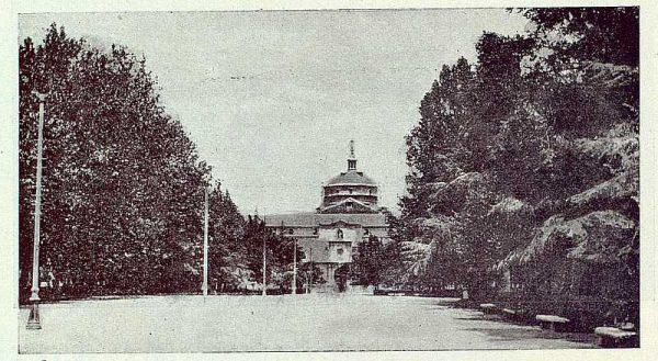 TRA-1922-188-Paseo de la Vega-Foto Camarasa