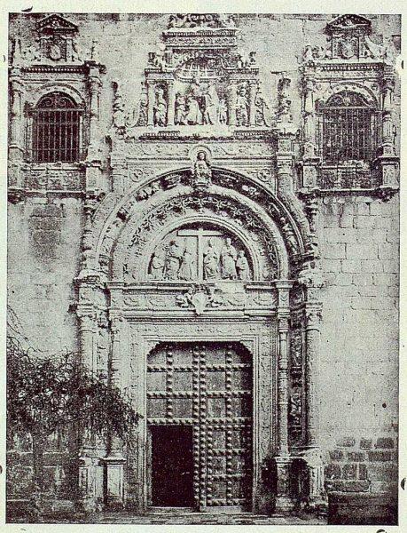 TRA-1923-196-Portada del Hospital de Santa Cruz