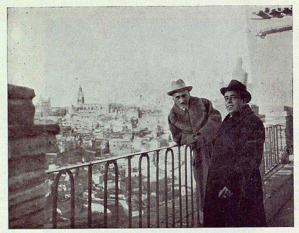 TRA-1924-203-Benavente y el Alcalde en la Ermita del Valle-Foto Rodríguez