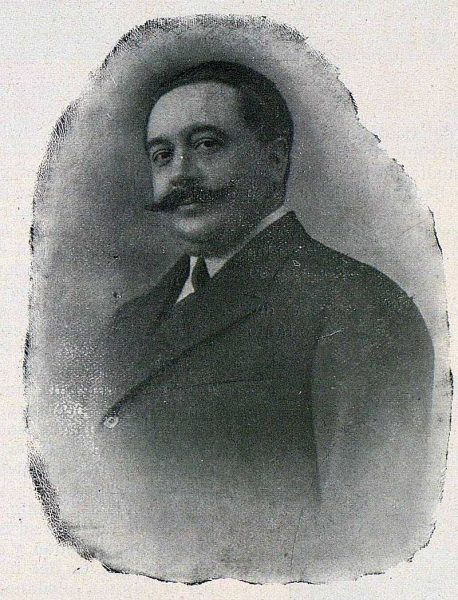 TRA-1924-207-José Escribano Aguado, capitán