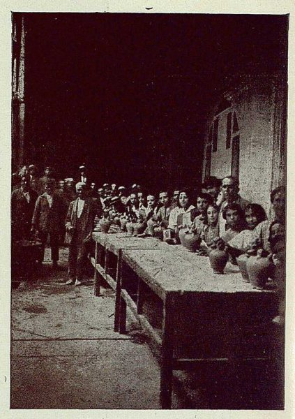 TRA-1925-222-El Agua de la Virgen-01-Foto Rodríguez