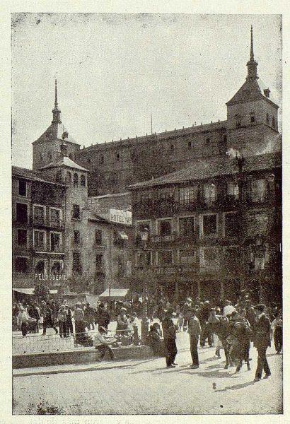 TRA-1925-222-Plaza de Zocodover-Foto Clavería