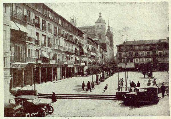 TRA-1925-222-Plaza de Zocodover-Foto Rodríguez