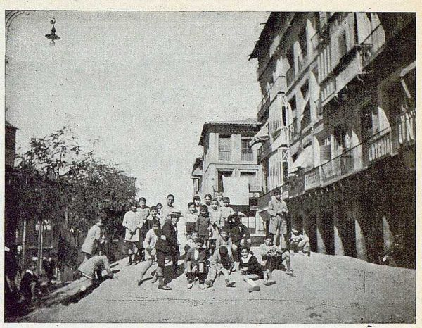 TRA-1925-224-Plaza de Zocodover, obras-03-Foto Gálvez