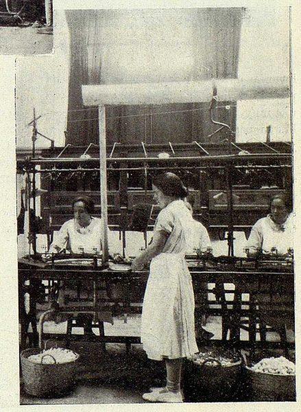 TRA-1927-246-Seda toledana, detalle de la Banca-Foto Rodríguez