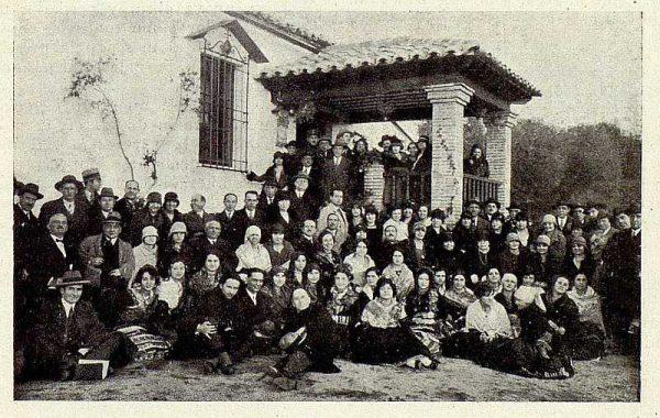 TRA-1928-256-Inauguración de la Hospedería del Artista, excursión al cigarral de Camarasa-Foto Rodríguez