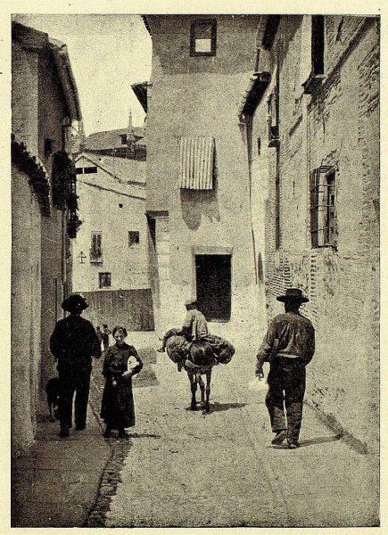 TRA-1928-258-Calle del Ángel-Foto Clavería