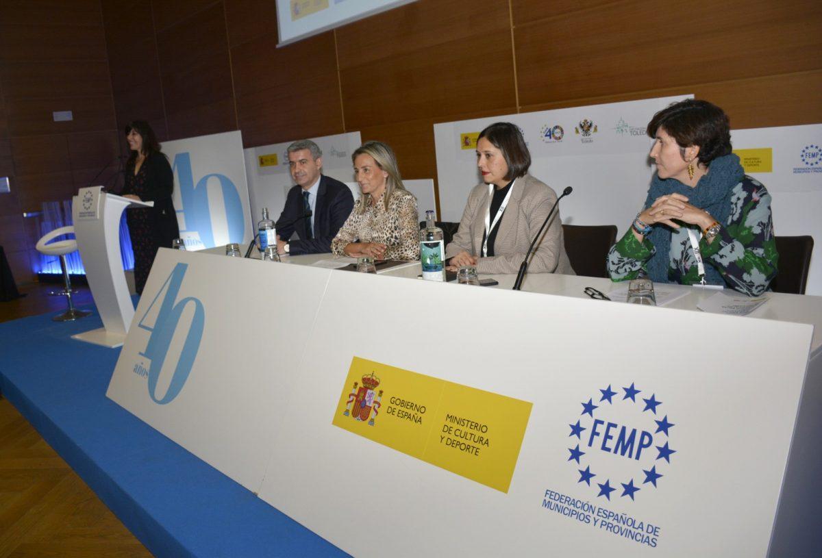 """http://www.toledo.es/wp-content/uploads/2019/11/01_jornada_cultura_femp-1200x815.jpg. Milagros Tolón: """"El hecho cultural es un factor esencial para la cohesión social que contribuye a la integración de la comunidad"""""""