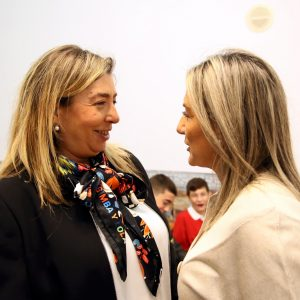 a alcaldesa da la bienvenida a la nueva representante de Vox y espera que su labor sea constructiva por el bien de la ciudad