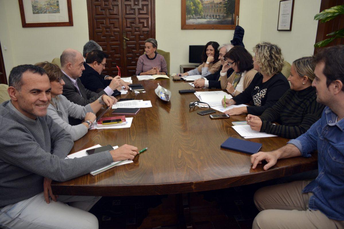 https://www.toledo.es/wp-content/uploads/2019/11/20191120_jgl-1200x800.jpg. Aprobadas ayudas de emergencia por 36.000 euros para  acción humanitaria en Honduras y Tindouf