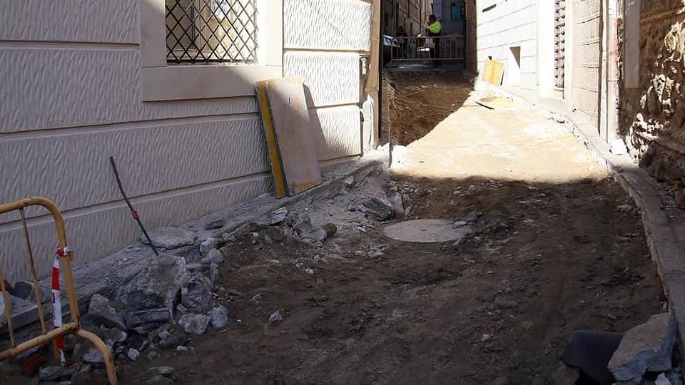https://www.toledo.es/wp-content/uploads/2019/11/72392211_2394699657452738_7868897097255223296_n.jpg. Del 4 al 13 de noviembre, la calle Alfonso X estará cortada al tránsito de vehículos y peatones por obras de canalización