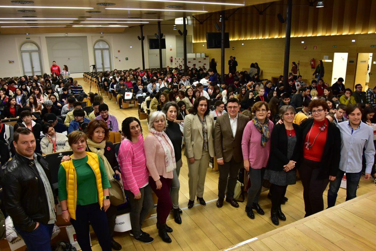 http://www.toledo.es/wp-content/uploads/2019/11/dia_estuadinte_internacional01-1200x803.jpg. Toledo acoge la séptima edición del Día del Estudiante Internacional de la Universidad de Castilla-La Mancha