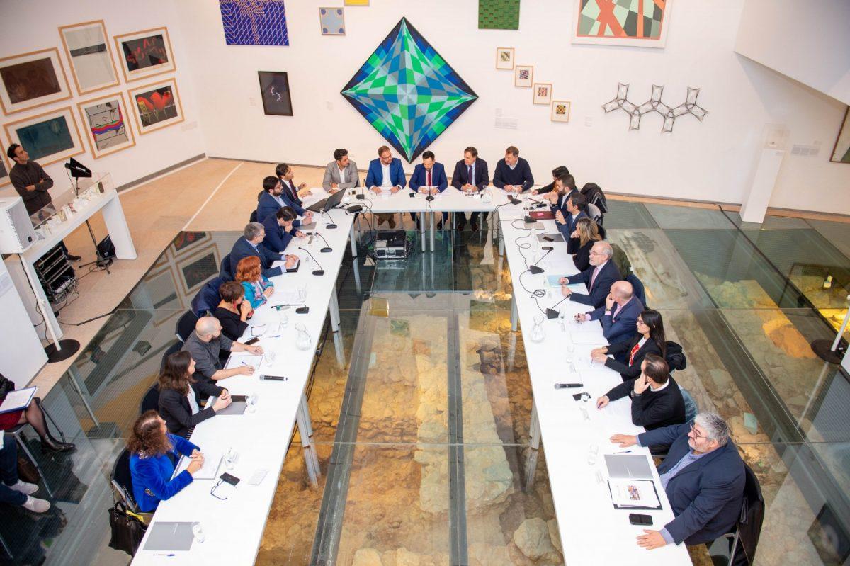 https://www.toledo.es/wp-content/uploads/2019/11/gl161119007-1200x799.jpg. El Grupo de Ciudades Patrimonio acuerda establecer un convenio de colaboración con la Alianza de las Civilizaciones de la ONU