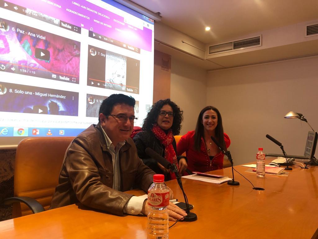 https://www.toledo.es/wp-content/uploads/2019/11/presentacion_olga_ruiz.jpeg. El Gobierno local respalda a Olga Ruiz en la presentación de su primera obra 'Un desastre delicioso'