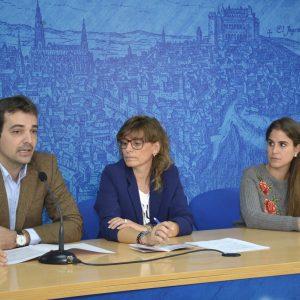 l Ayuntamiento conciencia a los jóvenes sobre la violencia de género a través de un taller de grafitis y un mural en la Vega