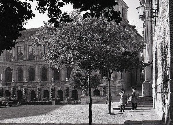 021-AKE_073_Plaza del Ayuntamiento