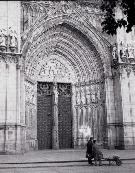 022-AKE_072_Puerta del Perdón de la Catedral