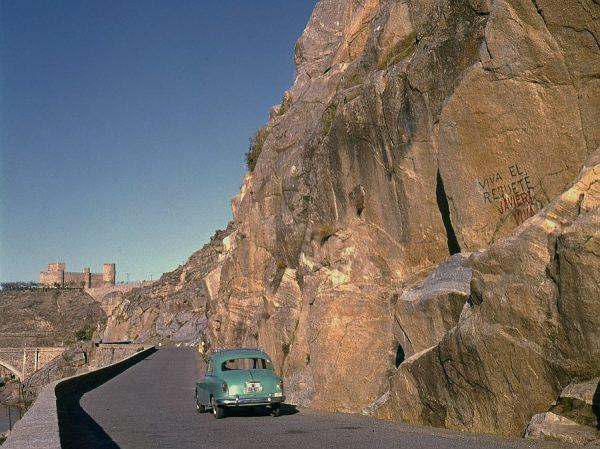 051-AKE_004_Vista del castillo de San Servando desde la carretera de Circunvalación