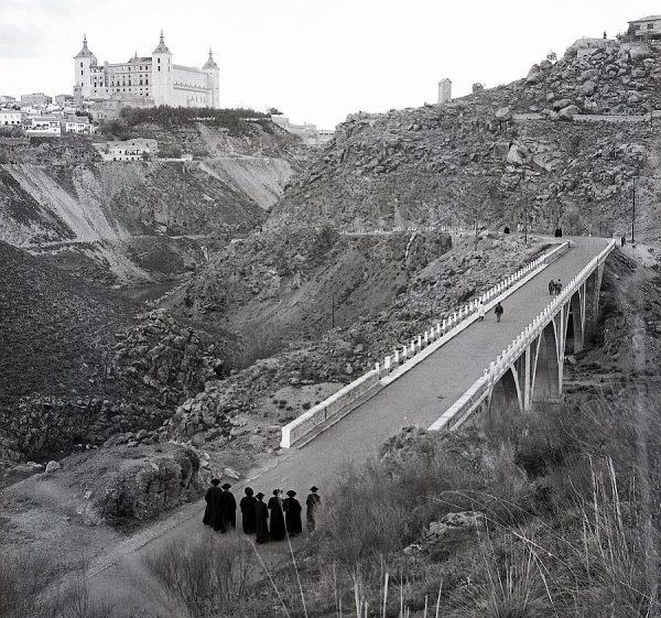 057-AKE_137_Puente de la Degollada