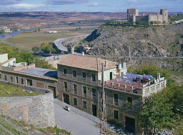 089-AKE_051_Vista del castillo de San Servando y la Huerta del Rey