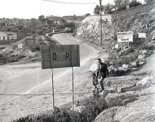 101-AKE_129_Carretera de Piedrabuena_Cruce con la de Circunvalación