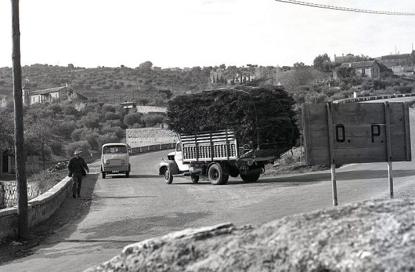 102-AKE_127_Carretera de Piedrabuena_Cruce con la de Circunvalación
