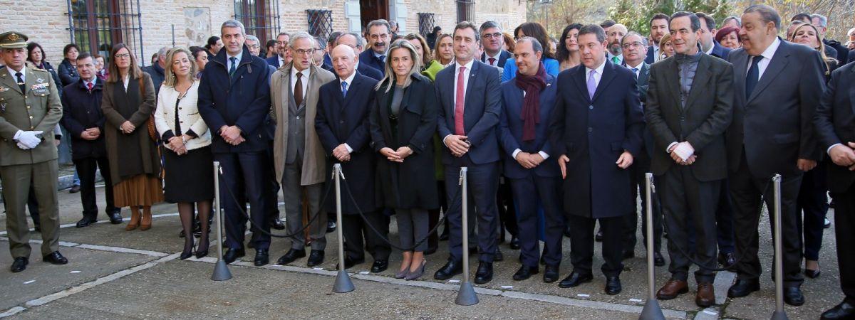 La alcaldesa de Toledo defiende la Constitución…