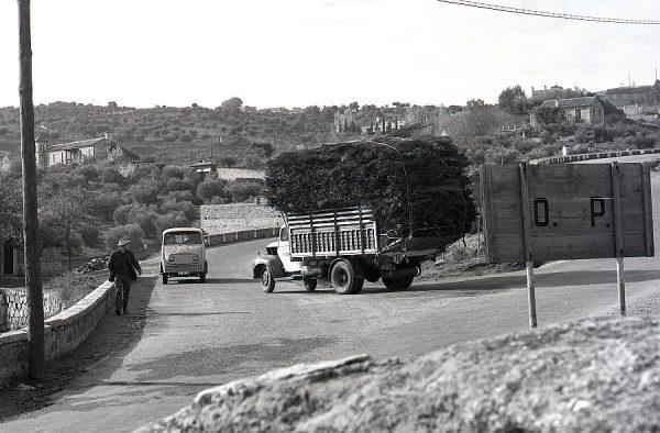 152-AKE_127_Carretera de Piedrabuena_Cruce con la de Circunvalación