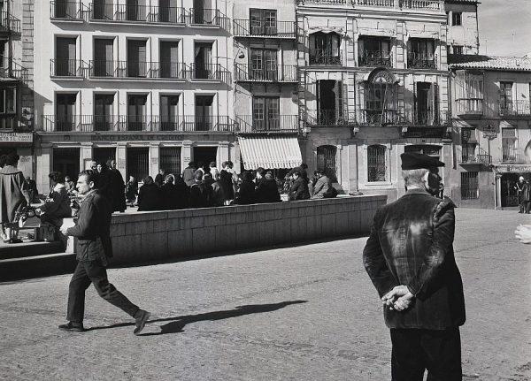 193-AKE_097_Plaza de Zocodover_Frente al Banco Español de Crédito