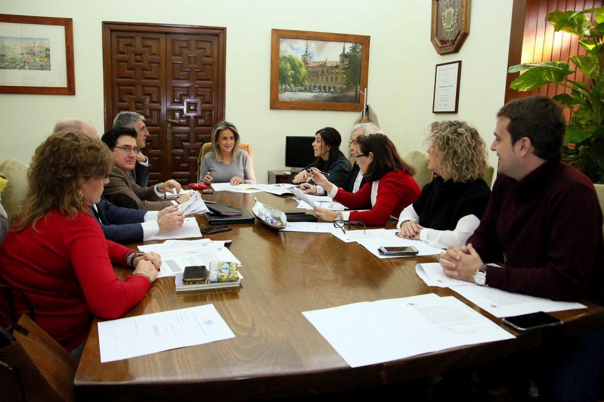 http://www.toledo.es/wp-content/uploads/2019/12/2_junta_gobierno-1200x800.jpg. El Gobierno local aprueba las obras de emergencia para estabilizar el talud de la Senda Ecológica y evitar desprendimientos