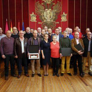 a alcaldesa expresa públicamente su reconocimiento a los funcionarios municipales jubilados o fallecidos a lo largo de 2019