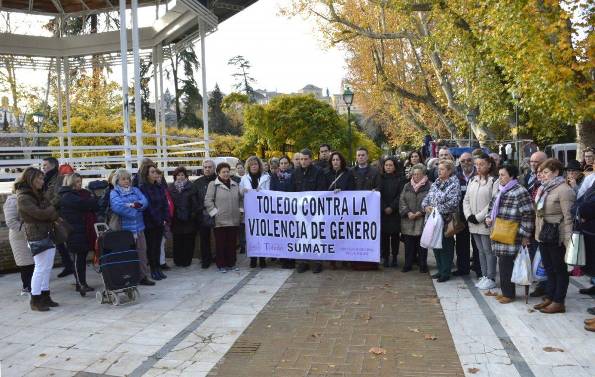http://www.toledo.es/wp-content/uploads/2019/12/concentracion_violencia_machista-01-1200x761.jpg. El Consejo Local de la Mujer homenajea a aquellas personas y colectivos que han derribado muros contra la violencia machista