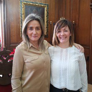 ilagros Tolón recibe en el Ayuntamiento a Naturaleza Vallés, la nueva gerente del Patronato Deportivo Municipal