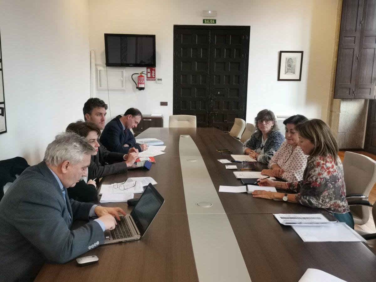http://www.toledo.es/wp-content/uploads/2019/12/proteccion_minorias_abellan-1200x900.jpg. Miembros del Comité Consultivo del Consejo de Europa profundizan en la situación del colectivo gitano en Toledo
