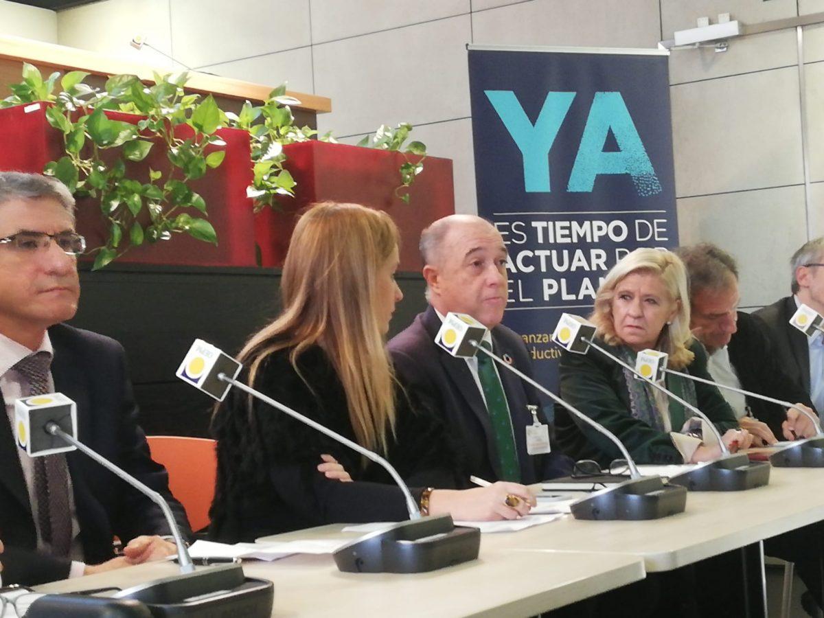 http://www.toledo.es/wp-content/uploads/2019/12/rueda-2-1200x900.jpeg. Toledo participa en una mesa redonda sobre la contribución de los destinos turísticos a la lucha contra el cambio climático