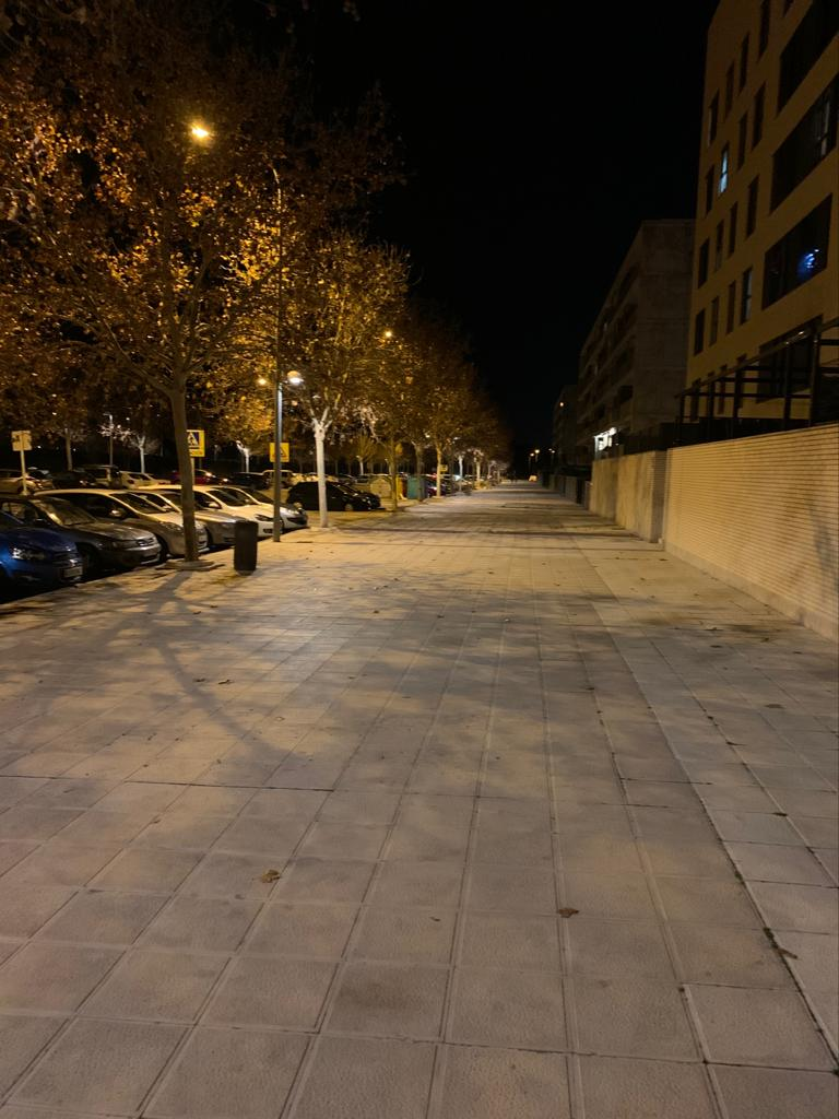 http://www.toledo.es/wp-content/uploads/2020/01/01-iluminacion-fase-v-poligono.jpeg. El Ayuntamiento refuerza la iluminación de las aceras de la Fase V del Polígono con la instalación de 68 nuevos puntos de luz