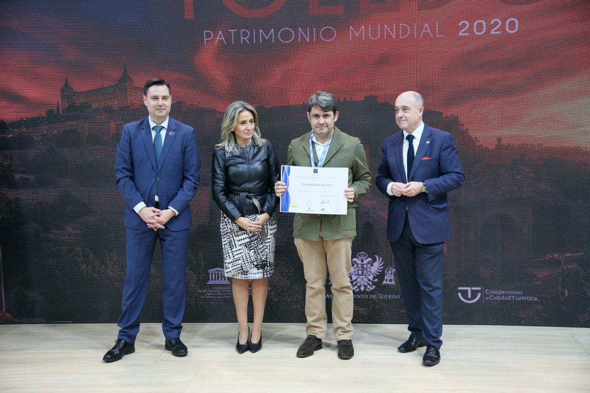 http://www.toledo.es/wp-content/uploads/2020/01/23_fitur-1200x800.jpg. La alcaldesa entrega en Fitur las distinciones del SICTED a las empresas de Toledo que mejoran en calidad turística
