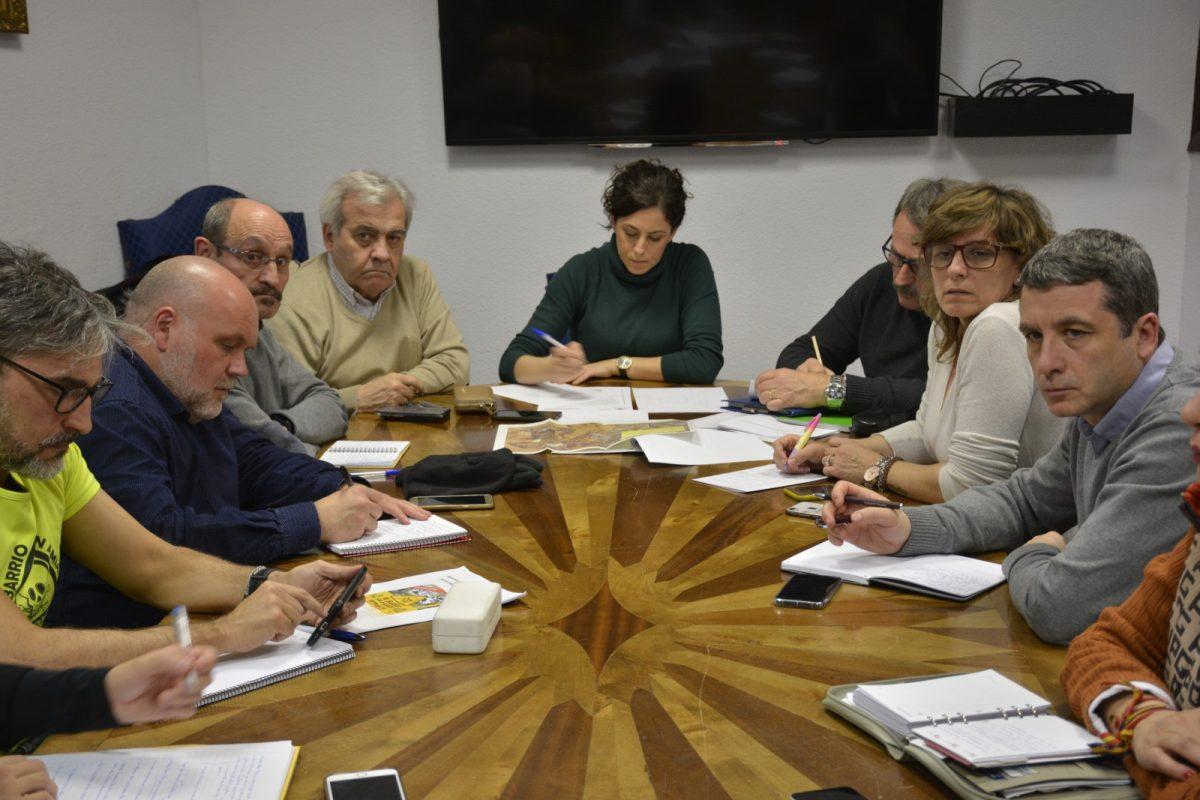 http://www.toledo.es/wp-content/uploads/2020/01/comision-municipal-amianto_20200121-1200x800.jpg. El Ayuntamiento plantea su propuesta de señalización de los restos de fibrocemento en la Comisión Municipal del Amianto