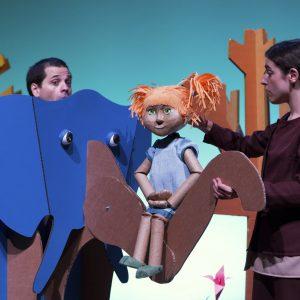 Ciclo Teatro y Danza en Familia: Martina y el bosque de papel