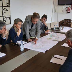 ilagros Tolón mantiene una reunión con el arquitecto Joan Busquets para avanzar en el informe sobre Vega Baja y su entorno