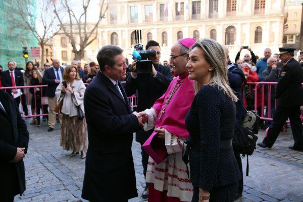 23_posesion_arzobispo