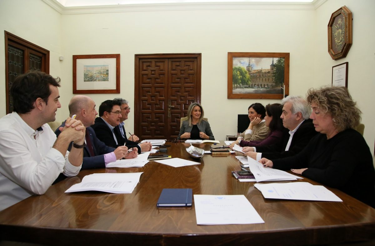 https://www.toledo.es/wp-content/uploads/2020/02/3_junta_gobierno-1200x789.jpg. Licencia para 48 nuevas viviendas y reforma del alumbrado en Ronda de Buenavista por medio millón de euros